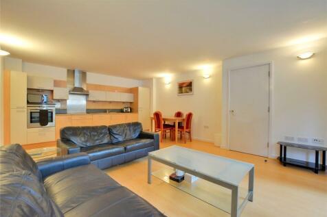 Holly Court, West Parkside, SE10. 2 bedroom apartment