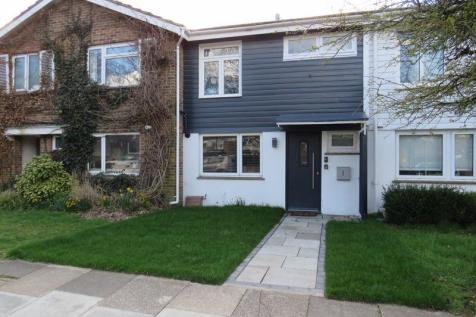 Chapel Street, Chichester. 2 bedroom terraced house