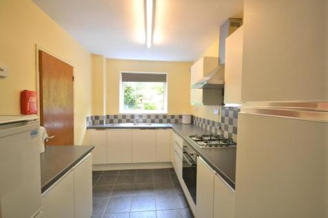 Ivy Avenue, BATH, Somerset, BA2. 4 bedroom house