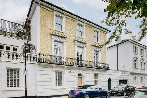 Cathcart Road, London, SW10. 4 bedroom town house for sale