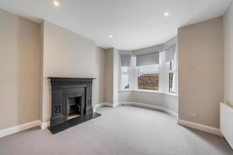 Griffin Road, London, SE18. 4 bedroom house for sale