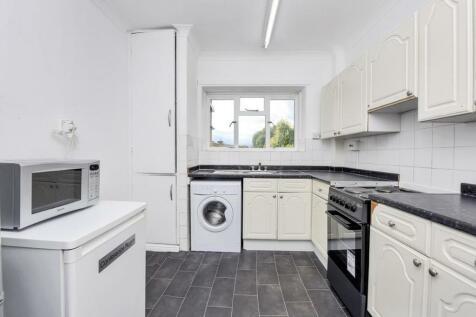 Kerbey Street, London E14. 3 bedroom flat