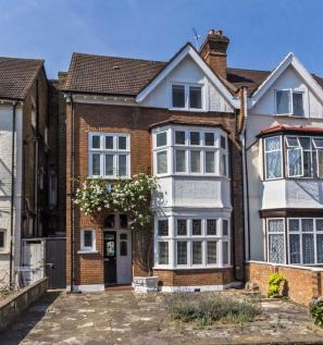 Thrale Road, Streatham. 6 bedroom house for sale