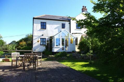 Helston. 4 bedroom cottage
