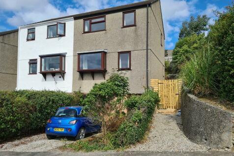Bohelland Road, Penryn. 1 bedroom semi-detached house