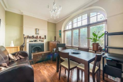 Willoughby Road, Richmond, Twickenham, TW1. 1 bedroom flat