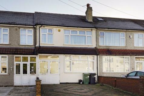 Helmsdale Road, Streatham Common. 3 bedroom house