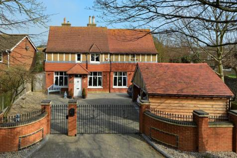 Lanthorne Road, Broadstairs. 4 bedroom detached house