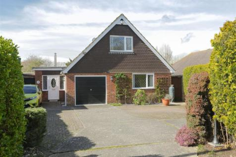 The Leas, Chestfield, Whitstable. 3 bedroom house for sale