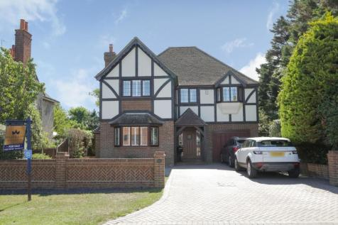Kingsgate Avenue, Broadstairs. 5 bedroom detached house for sale