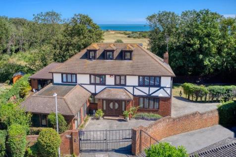 Woodland Way, Broadstairs. 5 bedroom detached house for sale