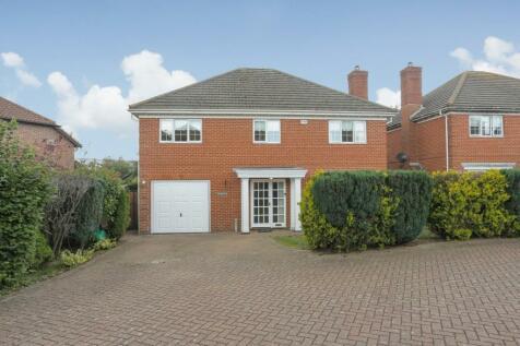 Green Close, Hawkinge, Folkestone. 5 bedroom detached house