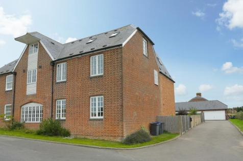 Stuppington Lane, Canterbury. 4 bedroom house