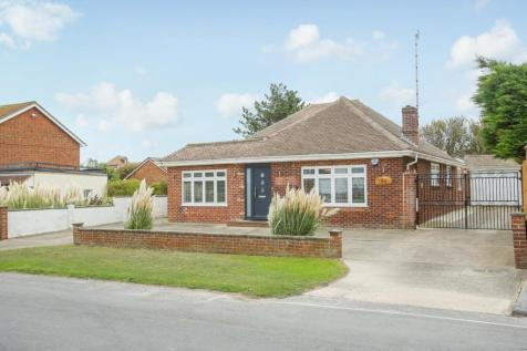 Kingsgate Avenue, Broadstairs. 4 bedroom detached bungalow for sale