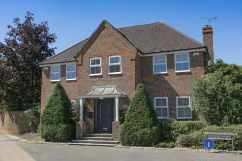 Underwood Close, Canterbury. 5 bedroom detached house