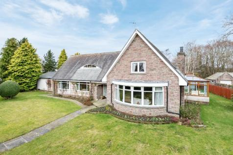 Park Road, Brechin, Angus, DD9. 5 bedroom detached house for sale