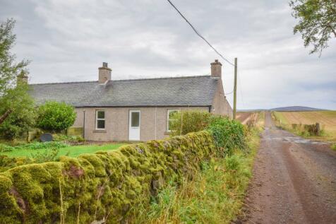 Broom Farm, Tannadice, Angus, DD8. 2 bedroom semi-detached house