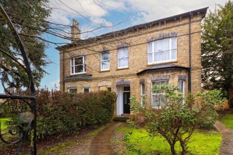 Hatchlands Road,. 1 bedroom apartment for sale