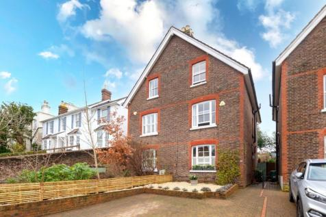 Somerset Rd, RH1. 4 bedroom house for sale