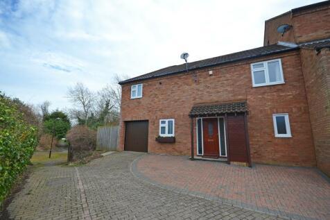 Coopers Mews, Neath Hill, Milton Keynes, Buckinghamshire, MK14 6HD. 3 bedroom end of terrace house
