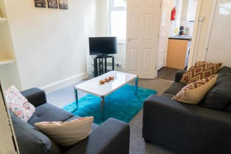 37 Harefield Road, Sheffield, S11. 3 bedroom terraced house