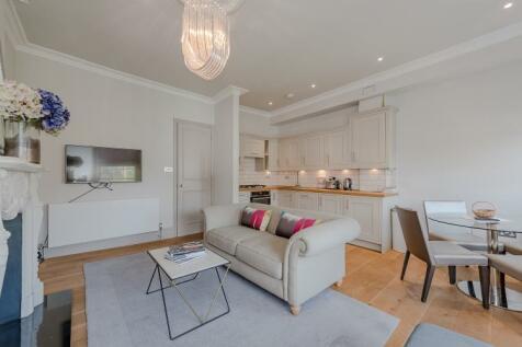 Chepstow Crescent London W11. 1 bedroom apartment