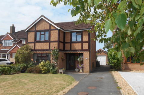 Pardoe Close, Hesketh Bank, North West - Detached / 4 bedroom detached house for sale / £249,950
