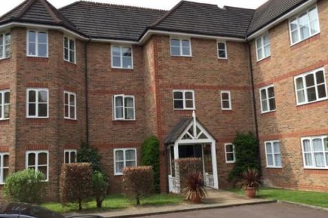 The Beeches, Halsey Road, Watford, Hertfordshire, WD18. 1 bedroom flat