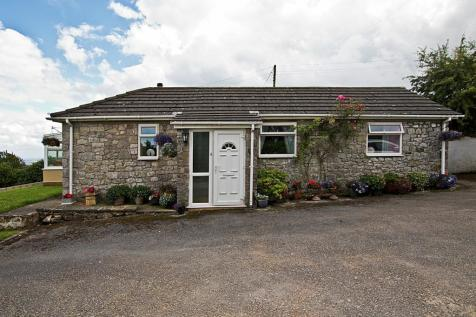 Pen Y Ball, Holywell, CH8, North Wales - Cottage / 3 bedroom cottage for sale / £375,000