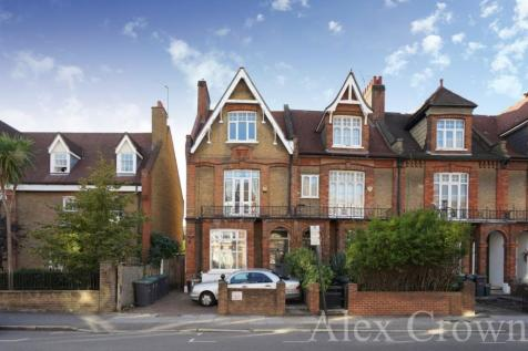 Stapleton Hall Road, Finsbury Park. 5 bedroom semi-detached house for sale