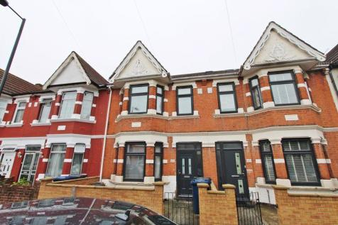 Abbotts Road, Southall. 4 bedroom terraced house
