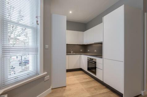 First Floor Flat 286 Shirland Road. 2 bedroom flat