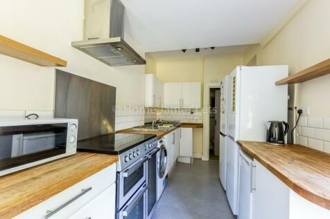 Ashurst Road, Brighton. 1 bedroom house share
