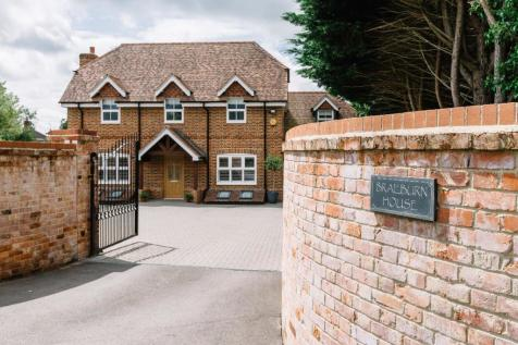 Mill Lane, Calcot, Reading, RG31. 6 bedroom detached house for sale