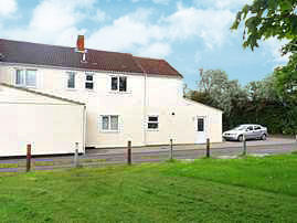 County Road, Swindon, Wiltshire. 2 bedroom apartment