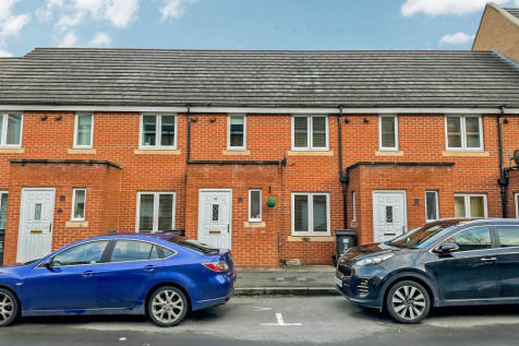 Padstow Road, Swindon, Wiltshire. 3 bedroom terraced house