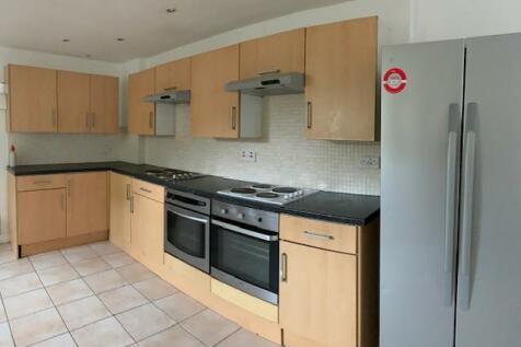 Glynrhondda Street, Cardiff, Cardiff (County of), CF24. 9 bedroom town house