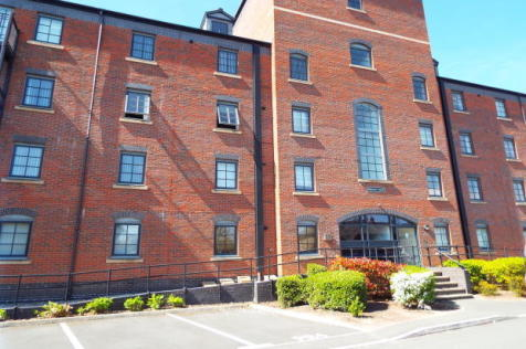 Priestly Court,Elphins Drive,Warrington,WA4. 2 bedroom apartment