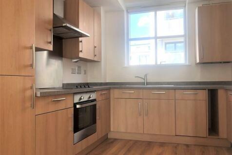 Bournemouth Road, Peckham Rye, SE15. 2 bedroom flat