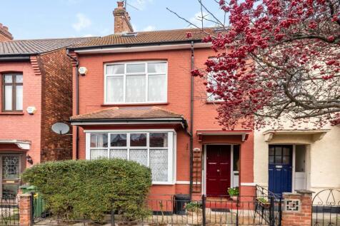 Bramshot Avenue London SE7. 3 bedroom end of terrace house for sale