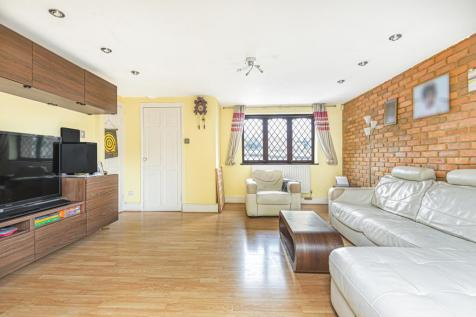 Gollogly Terrace Nadine Street SE7. 3 bedroom terraced house for sale