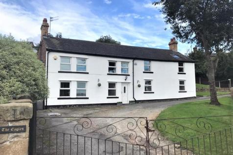Francis Road, Moss. 5 bedroom detached house
