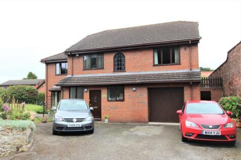 Acton Gardens, Wrexham. 5 bedroom house for sale