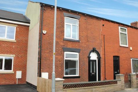 Broadbent Road, Oldham. 2 bedroom terraced house