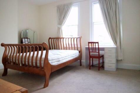 Chatham Road, Norbiton, Kingston Upon Thames, KT1. 1 bedroom semi-detached house