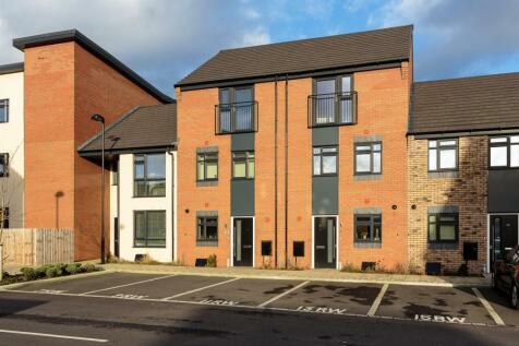 Regal Way, Hanley, Stoke-On-Trent, ST1 3GD. 4 bedroom mews house