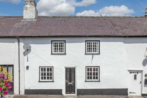 Market Street, Knighton, Mid Wales - Terraced / 2 bedroom terraced house for sale / £149,950