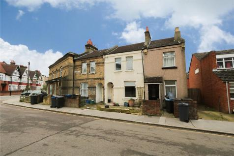 Coventry Road, South Norwood, Croydon, Surrey, SE25. 3 bedroom terraced house