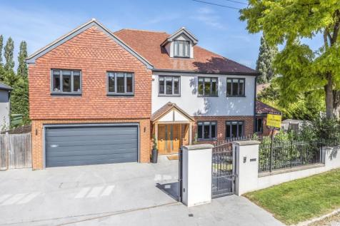 Park Farm Road Bromley BR1. 5 bedroom detached house