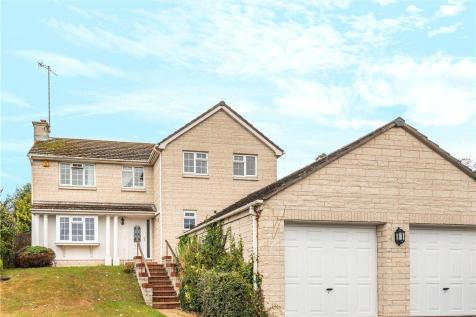 Whitecross Drive, Weymouth, Dorset. 4 bedroom detached house
